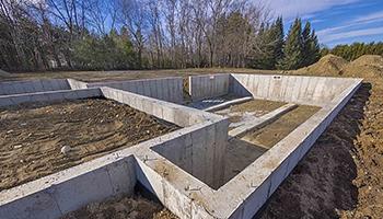 Выбор марки бетона для строительства фундамента и особенности конструкций